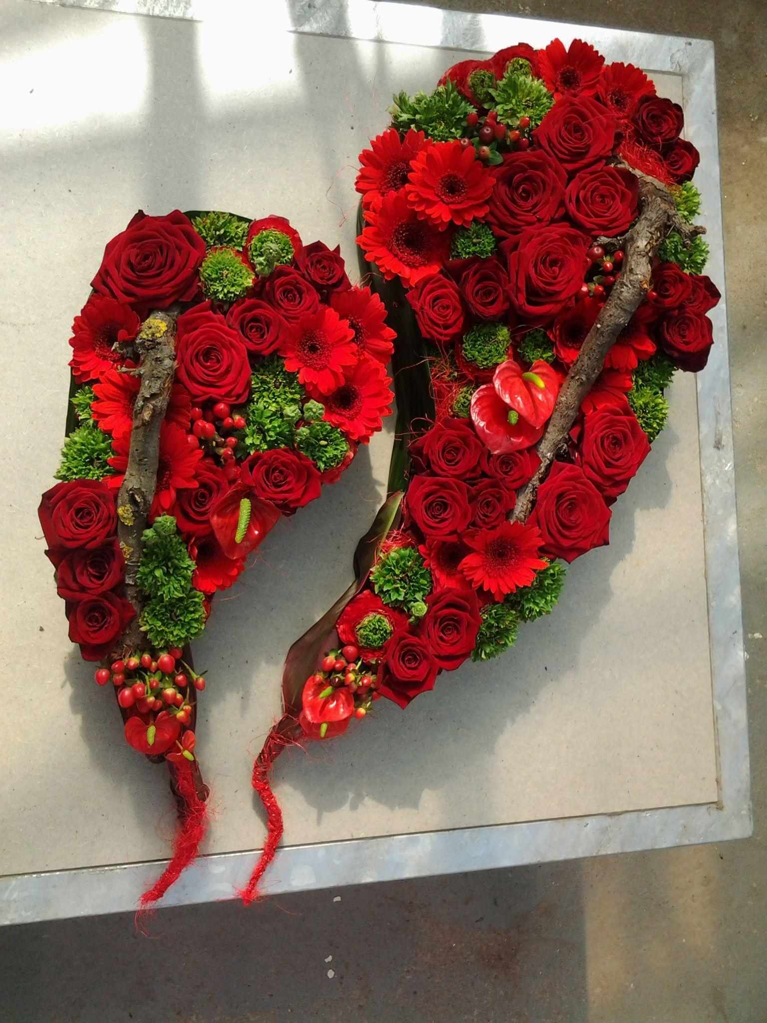 Flower Centerpieces, Flower Arrangements, Art Floral, Flower Art, Christmas Stocking,