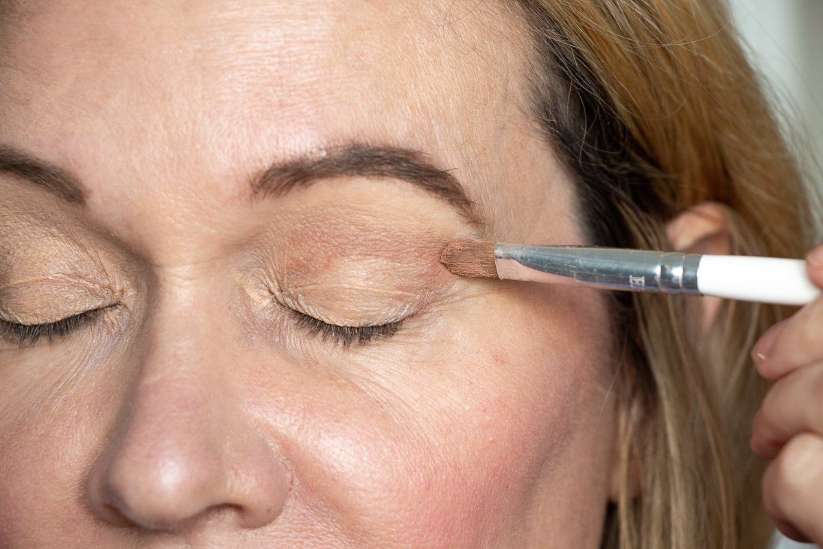 How to Master Your Eye Makeup for Hooded Eyes Hooded eye