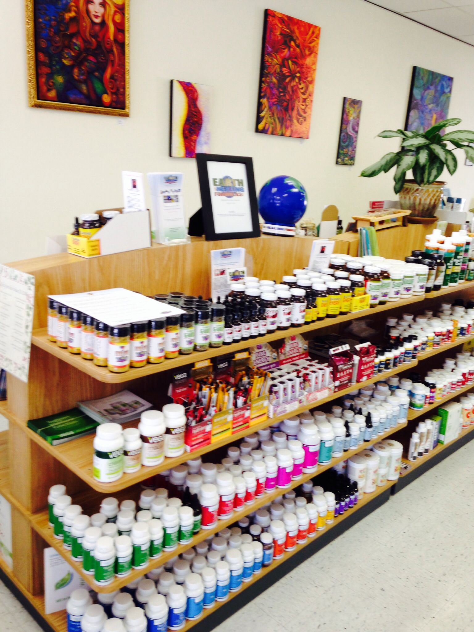 Herbs, supplements, and vitamins for optimal health!   Www.naturallyorganiccenter.com
