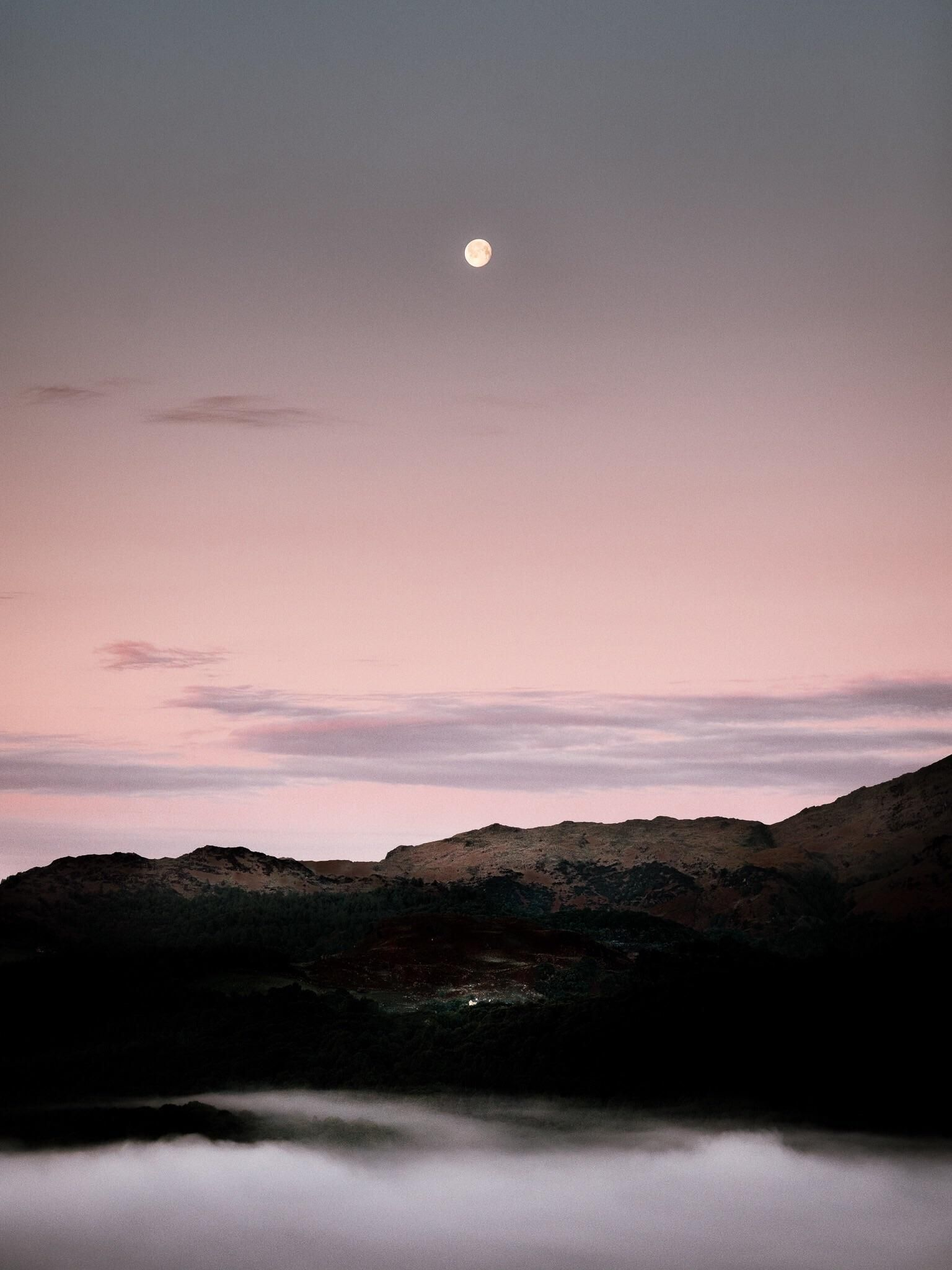 Moonrise over the Lakeland Mountains [OC] [1536x2048] Want