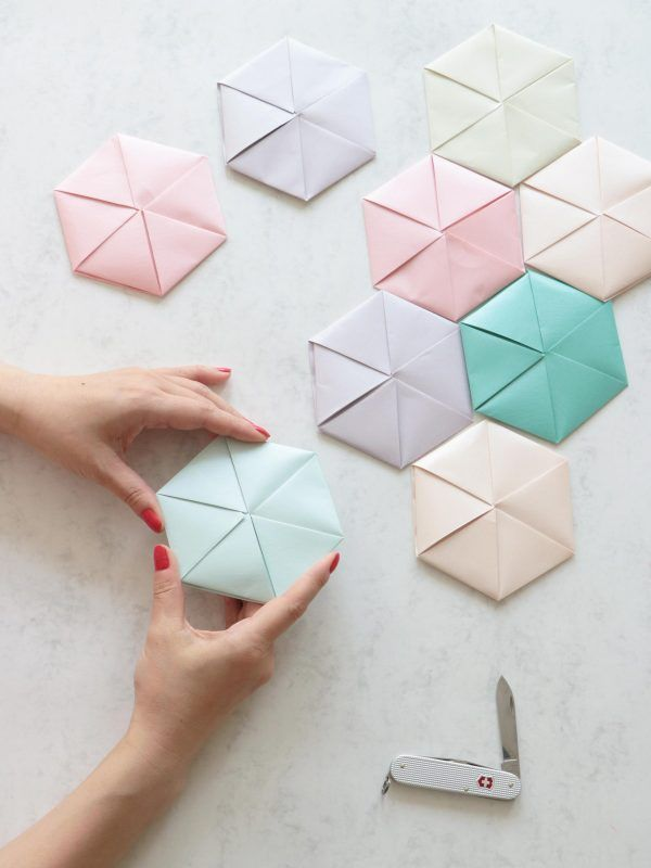 Learn how to fold an elegant geometric card from a copy