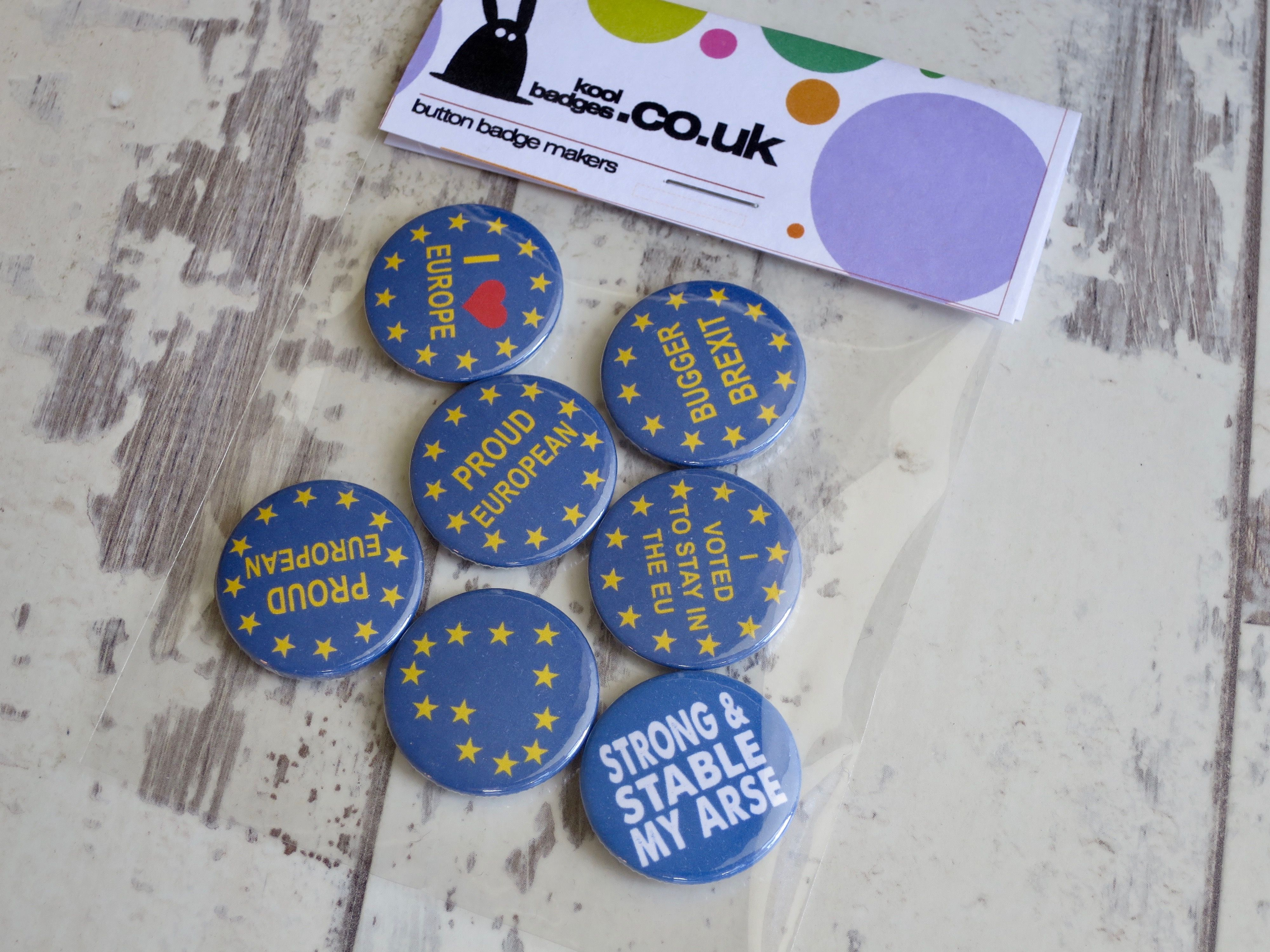 Out BUTTON PIN BADGE 25mm 1 INCH UK Europe EU Flag Referendum Leave Brexit