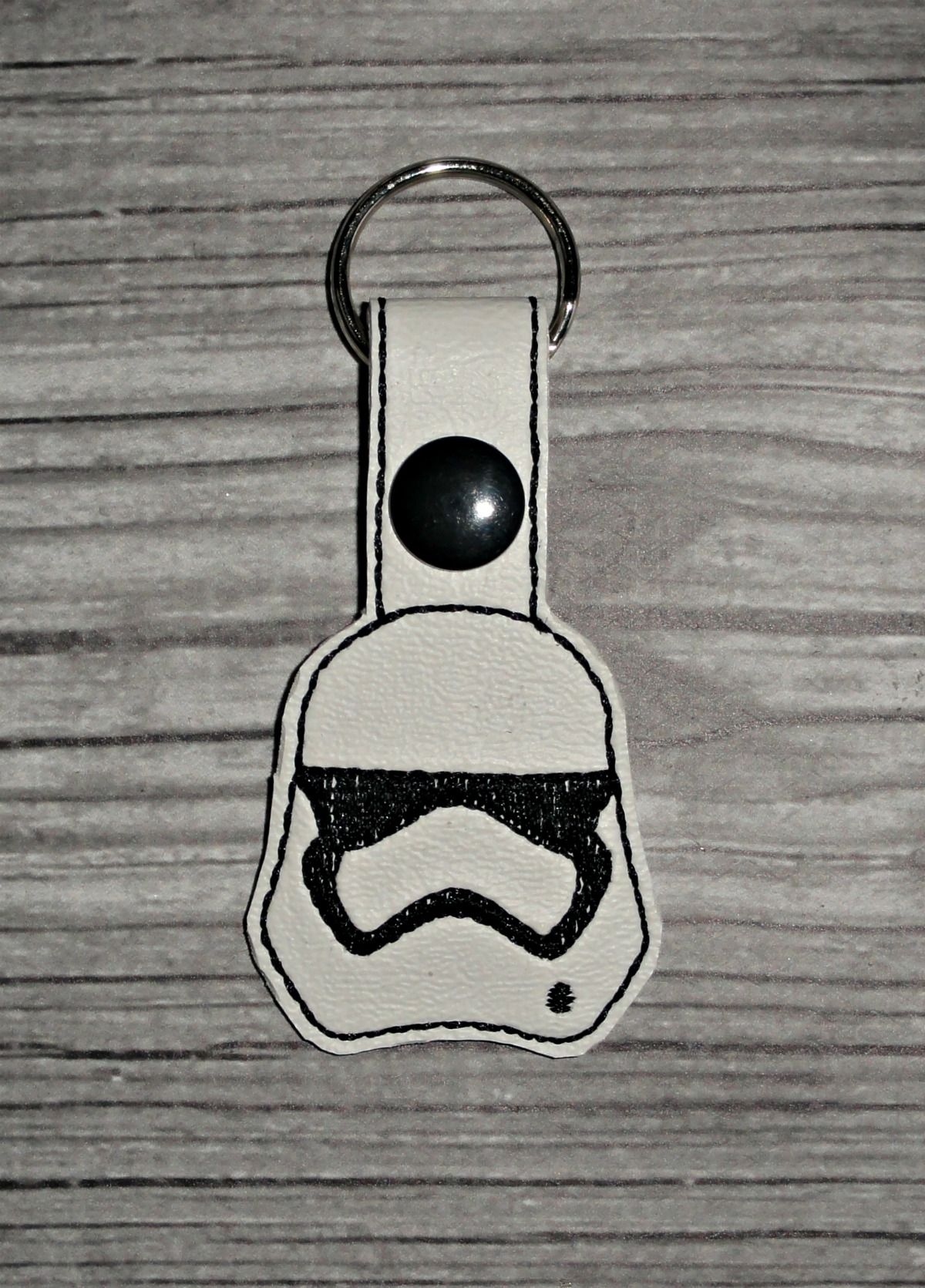 SW Stormtrooper 2 Keychain ITH Embroidery Design | Brother
