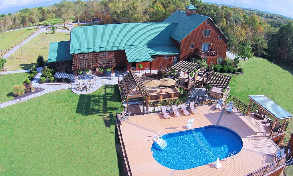 A Stay At Laurel Run Farm: Hocking Hills Luxury Lodges