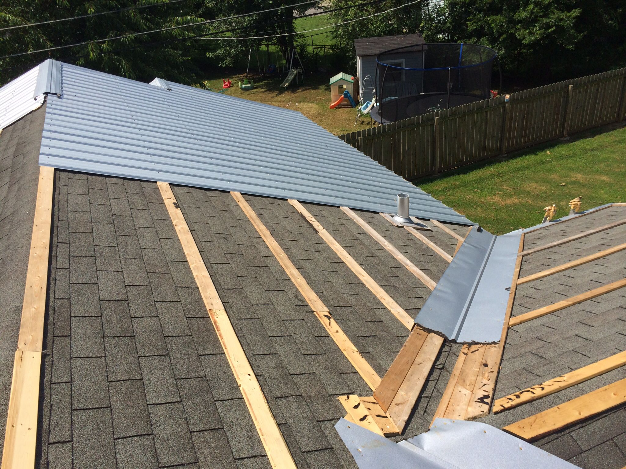 Sw Valley On House Metal Roof Galvalume In 2019