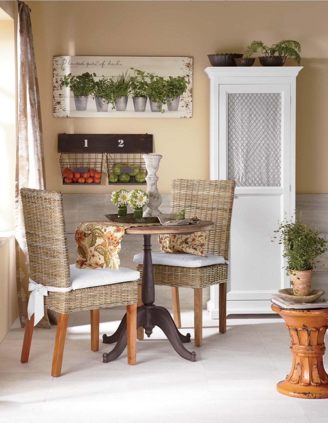 Cozy Kitchen Maximize a small dining space with a round ...