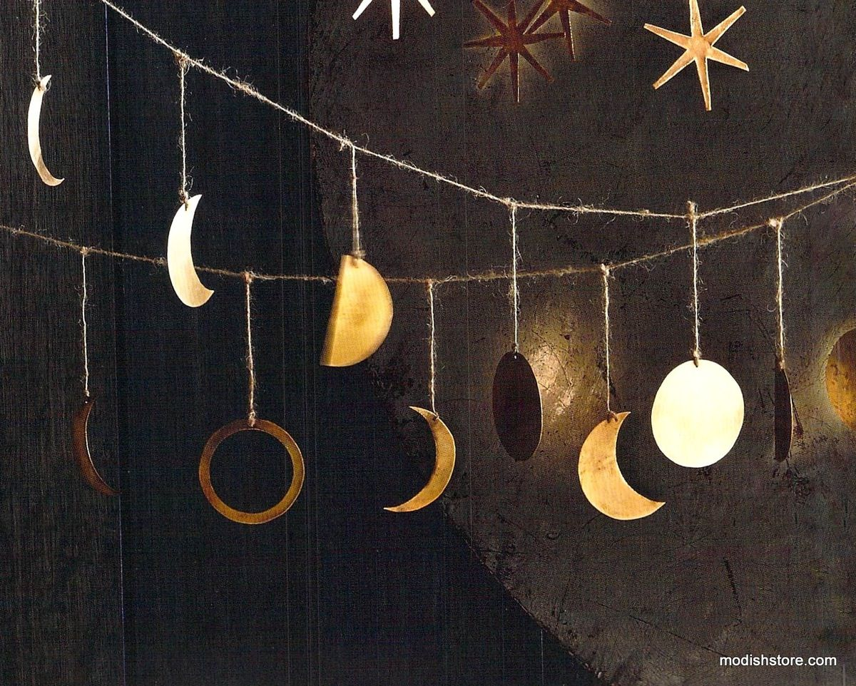 Roost Phases Of The Moon Garland