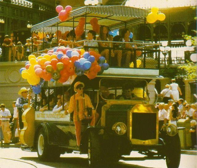 EYE CANDY:Balloons! - Imagineering Disney -
