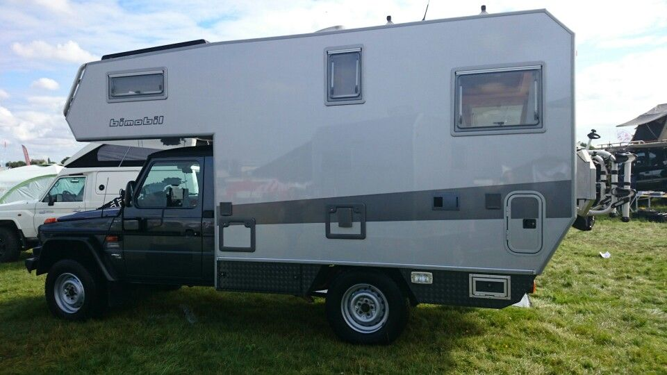 Mercedes benz g wagon class with demountable 2 berth for Mercedes benz caravan