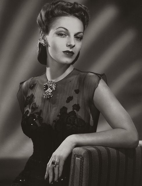 Fashion 1940s Two Female Models Flirty 40s Style Evening: 1940s Hairstyles- History Of Women's Hairstyles