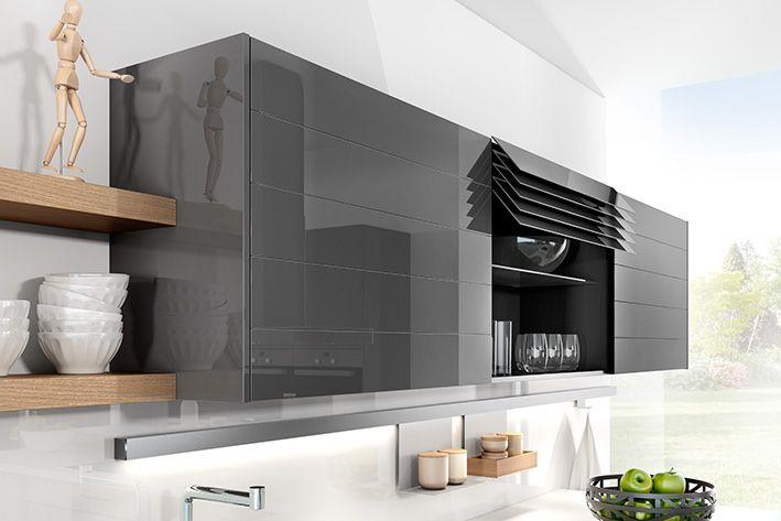 Oberschrank CLIMBER Elektrifizierter Oberschrank Mit Glaslamellen #design  #designelements #häckerküchen #häcker #küche #küchenplanungen #Climber # ...