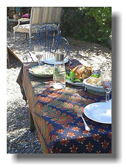 Increíble sábado en punta del este en Juan Cosas Viejas La Barra estamos a full. Recien nos dimos un recreo para almorzar.