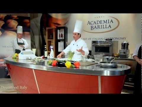 Le cotture in vaso sottovuoto ed i sanificatori #2 - Fabio Tacchella @ Academia Barilla - YouTube