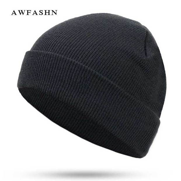 ddaa8b784684e 2018 New Fashion Solid Color Knit Beanies Hat Winter Hats Warm Man Woman  Multiple Colour Skullies