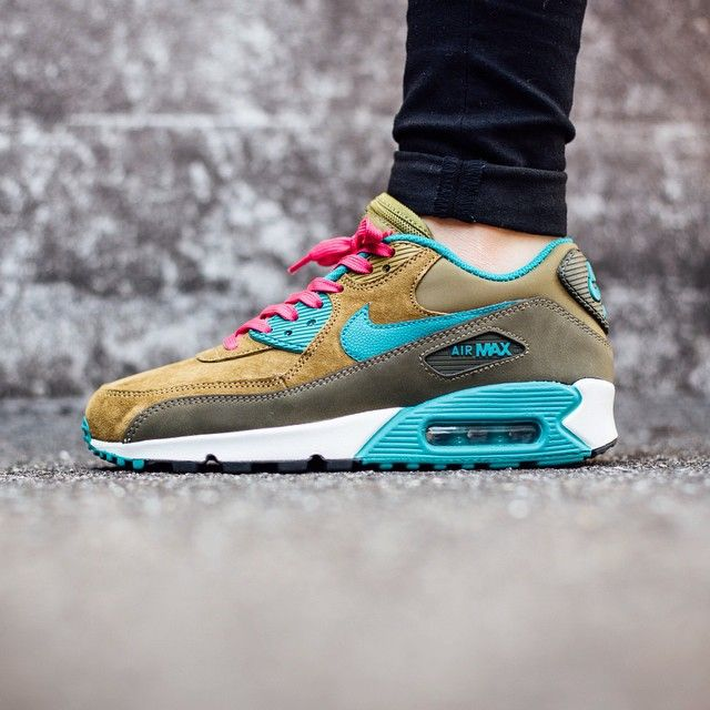Nike Wmns Air Max 90 Leather Dark Loden Trainers