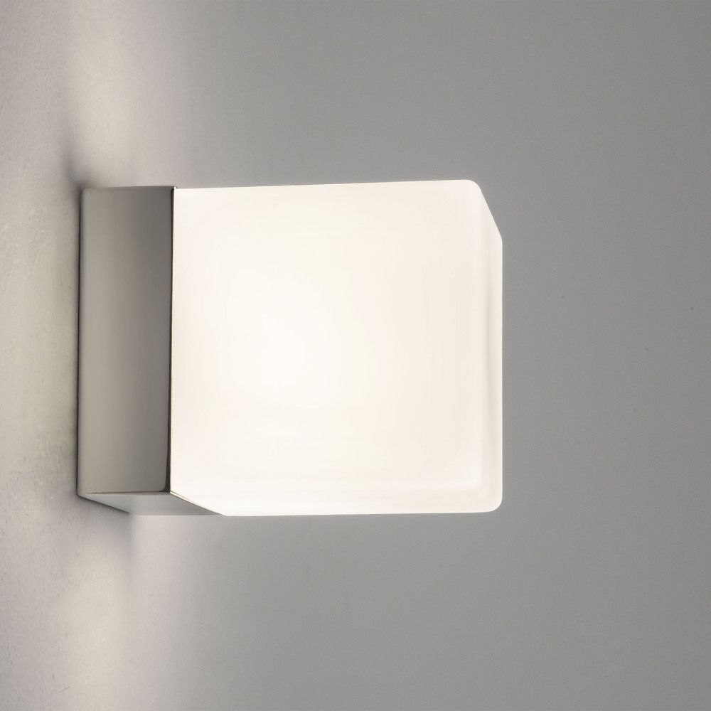 0635 cube halogen bathroom wall light ip44 from lights 4 for Zone 0 bathroom lights