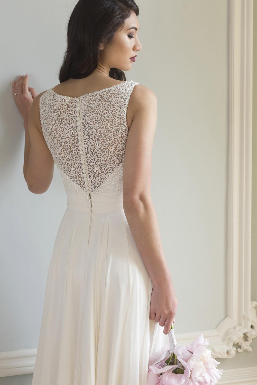 dress - Augusta Jones | wedding dresses winter | Pinterest ...
