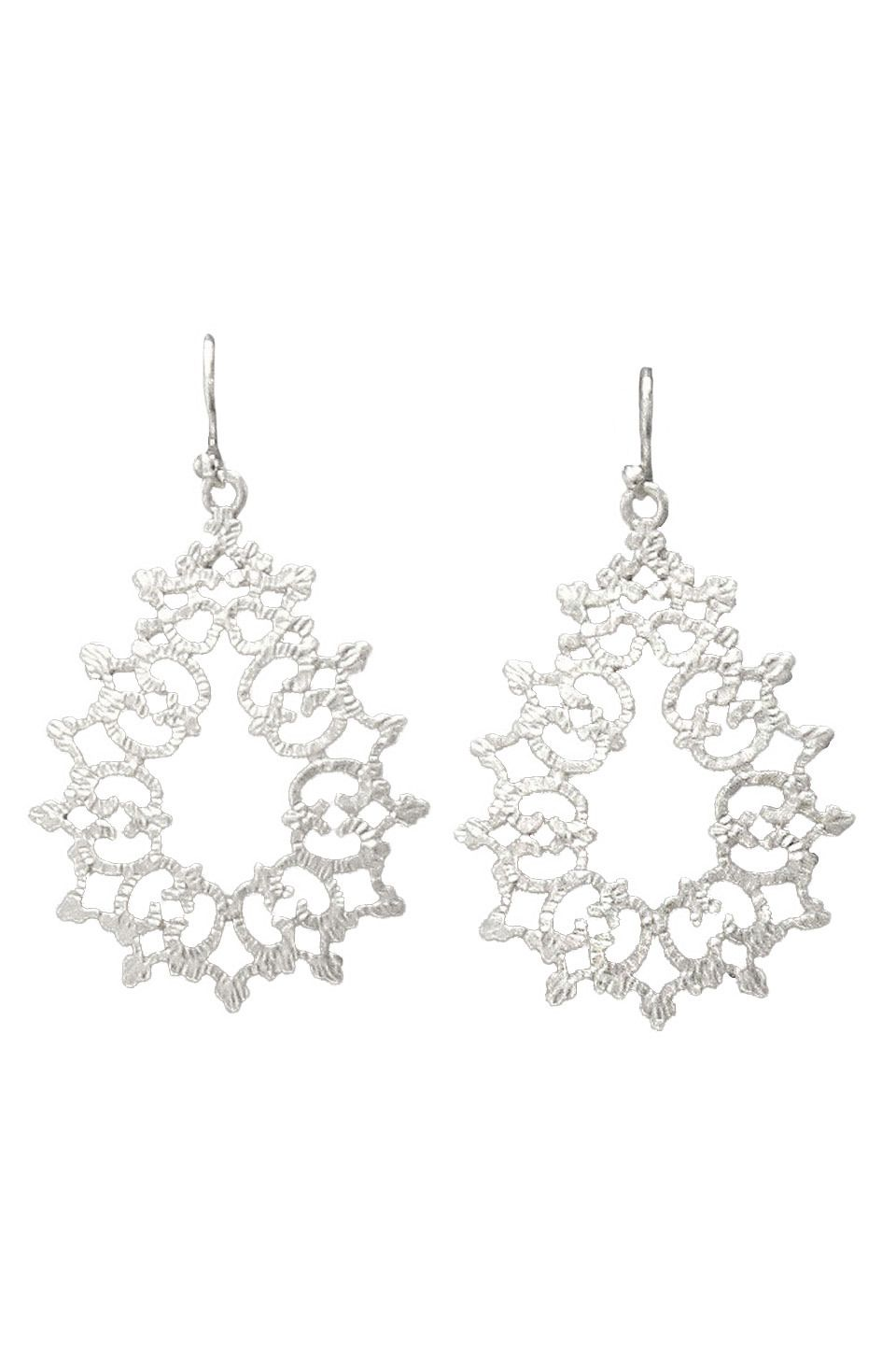 Le Chic White Gold Plated Hammered Floral Design Earrings - Beyond the Rack