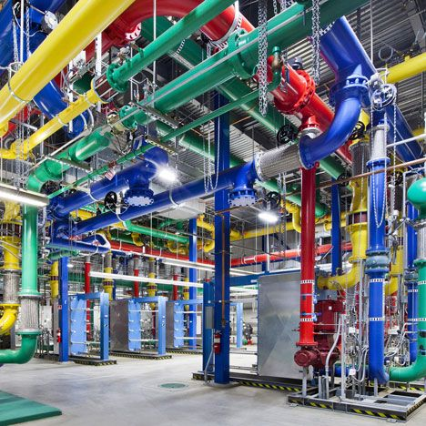 Google Offers A Glimpse Inside Its Data Centres Data Center Google Internet