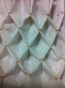 A step-by-step tutorial on how to do the honeycomb pleatwork