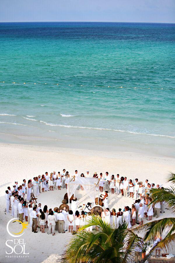 13 wedding ceremony layout inspirations Beach wedding