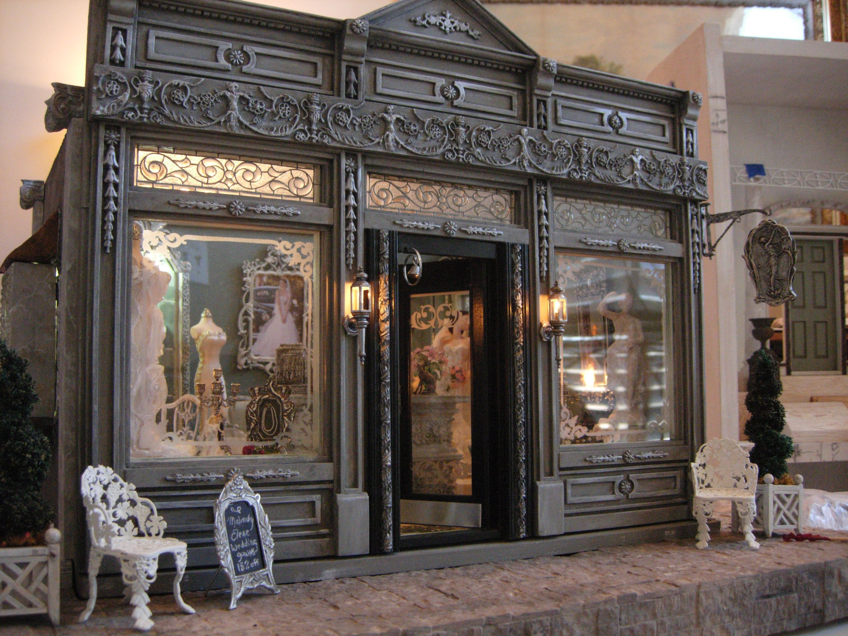 Malindy eileen miniature bridal boutique this woman 39 s for Amazing houses inside and out