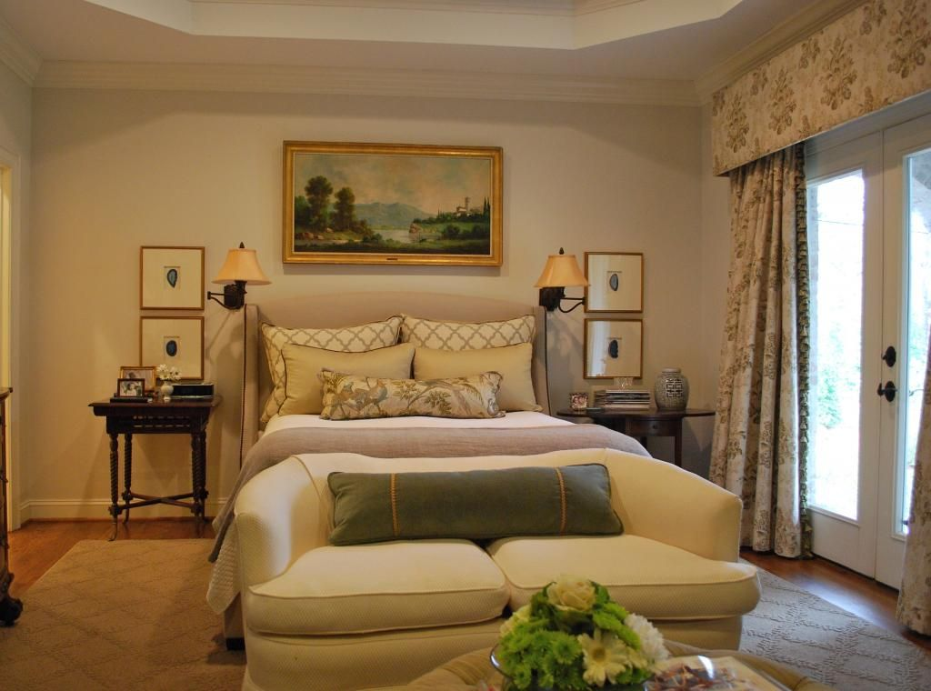 Mandi's gorgeous bedroom/interior design musings: Master Bedroom Before/Afters