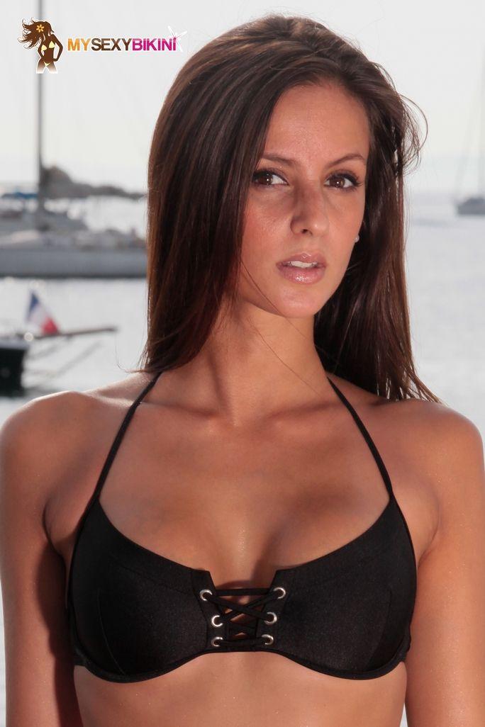 Bahamas String Black Lycra. L'un des nombreux #maillotdebain et #bikini #string proposés par my-sexy-bikini.com