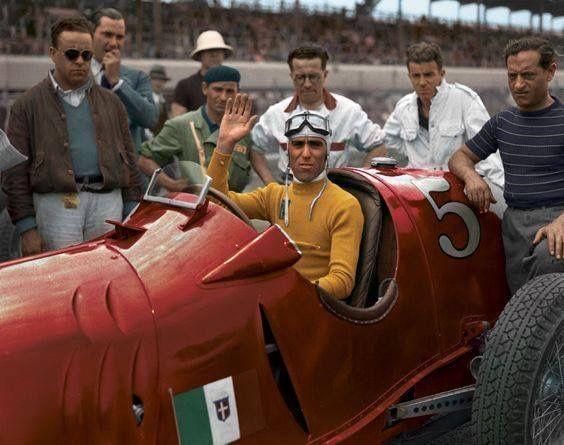 Tazio Nuovolari in de Alfa Romeo - 1953