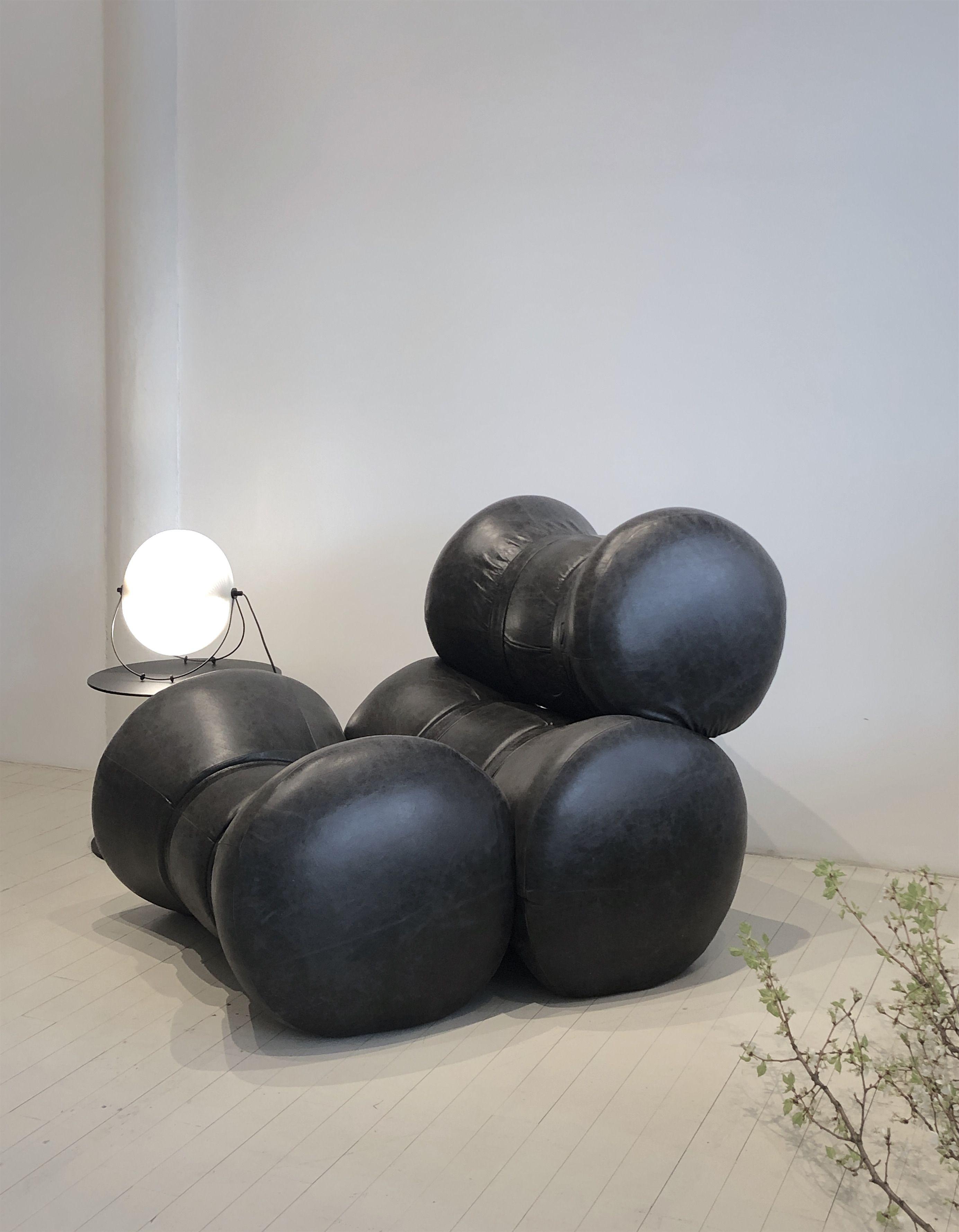 Awe Inspiring Fardos Lounge Chair By Ricardo Fasanello Midcentury Modern Unemploymentrelief Wooden Chair Designs For Living Room Unemploymentrelieforg