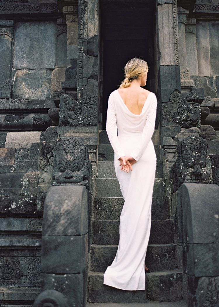 Modern bridal fashion in an exotic indonesian setting once wed