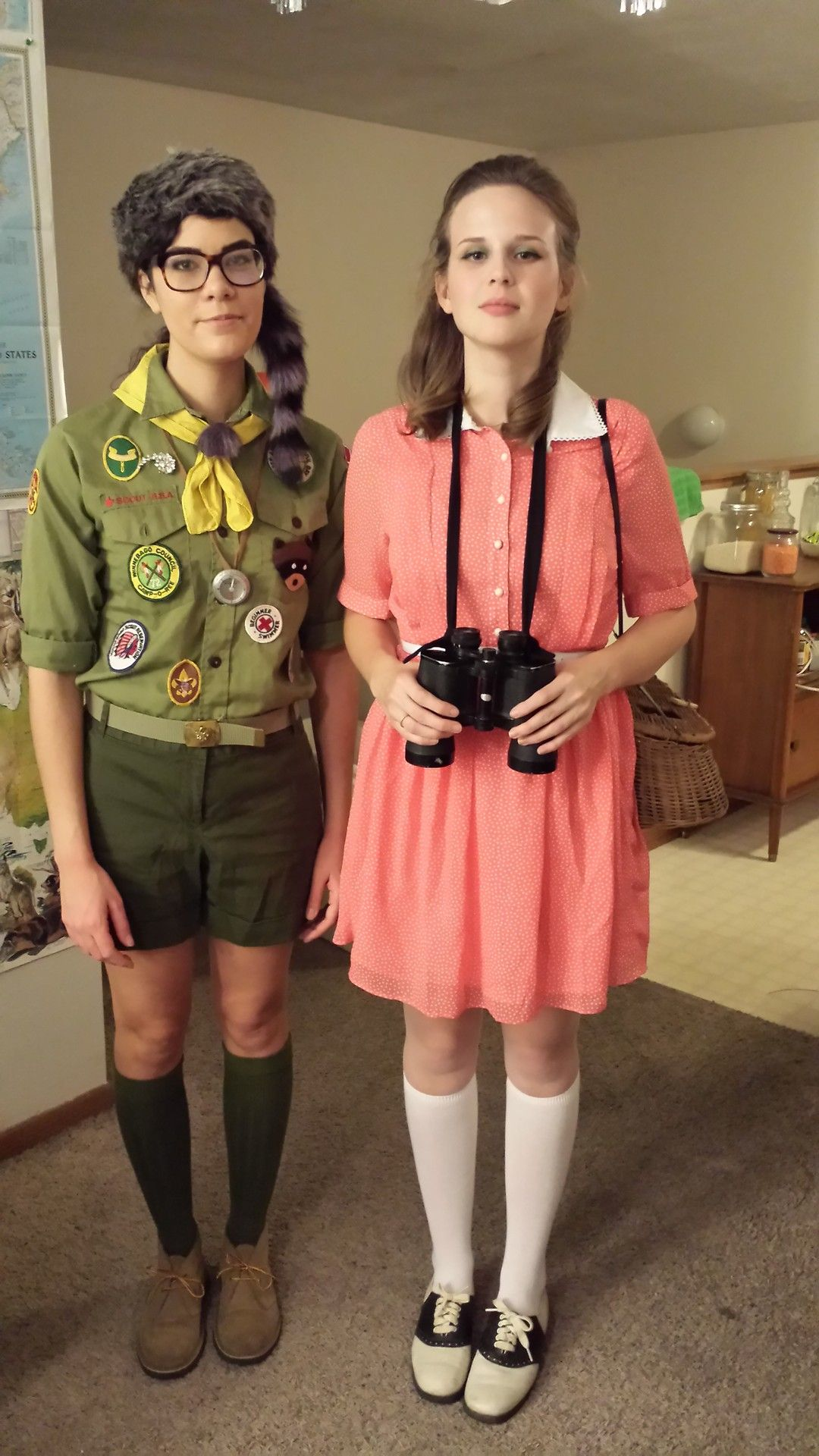 get the fuck out the girl on the right went to school with nerdy couples halloween