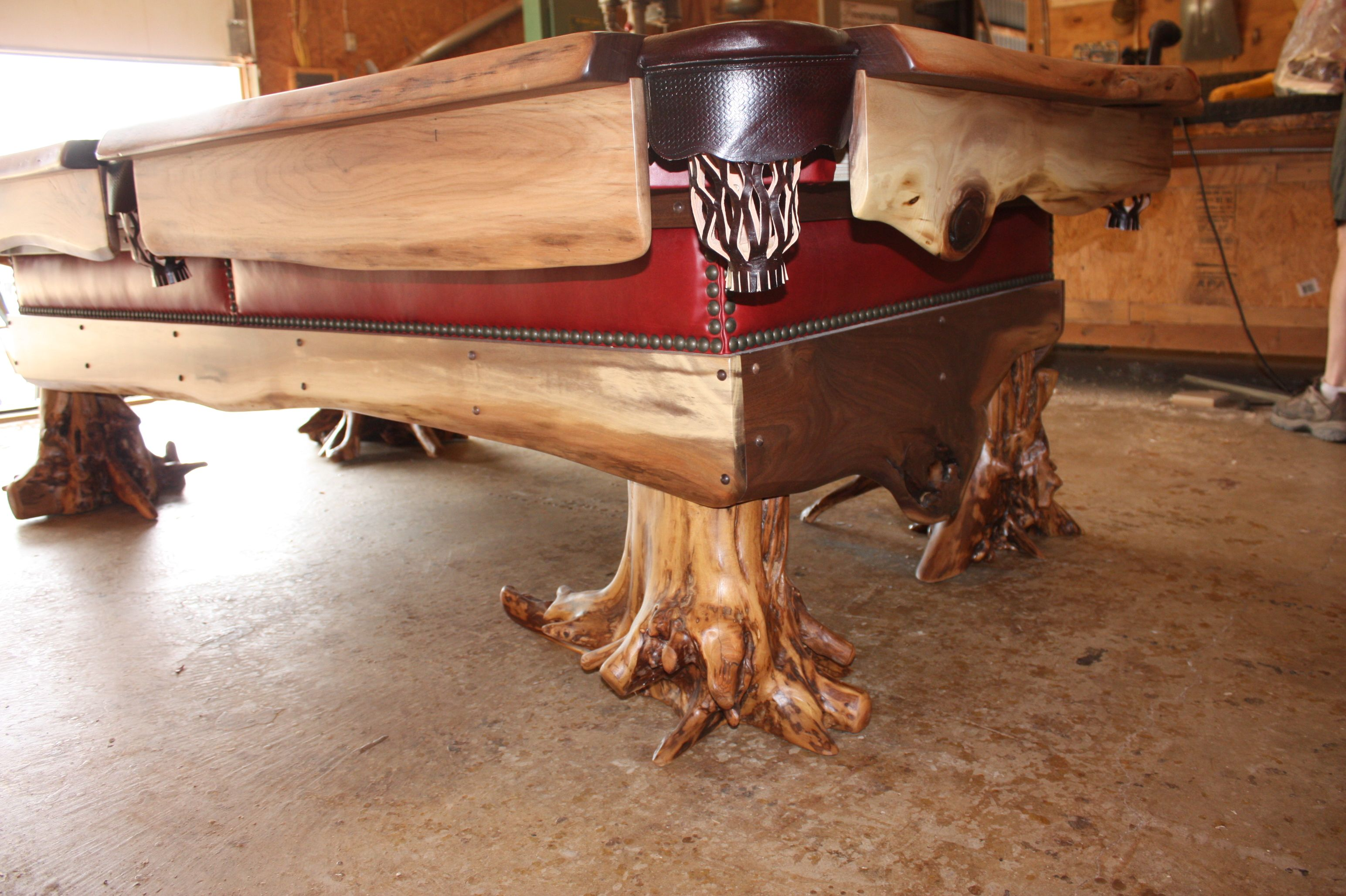 Rustic cabin furniture - Our Furniture Treemendous Designs Custom Rustic Cabin Furniture