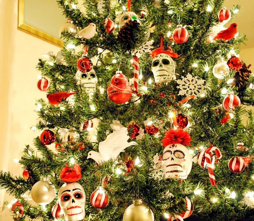 Sugar skull Christmas tree | Skullz | Pinterest | Sugar skulls ...