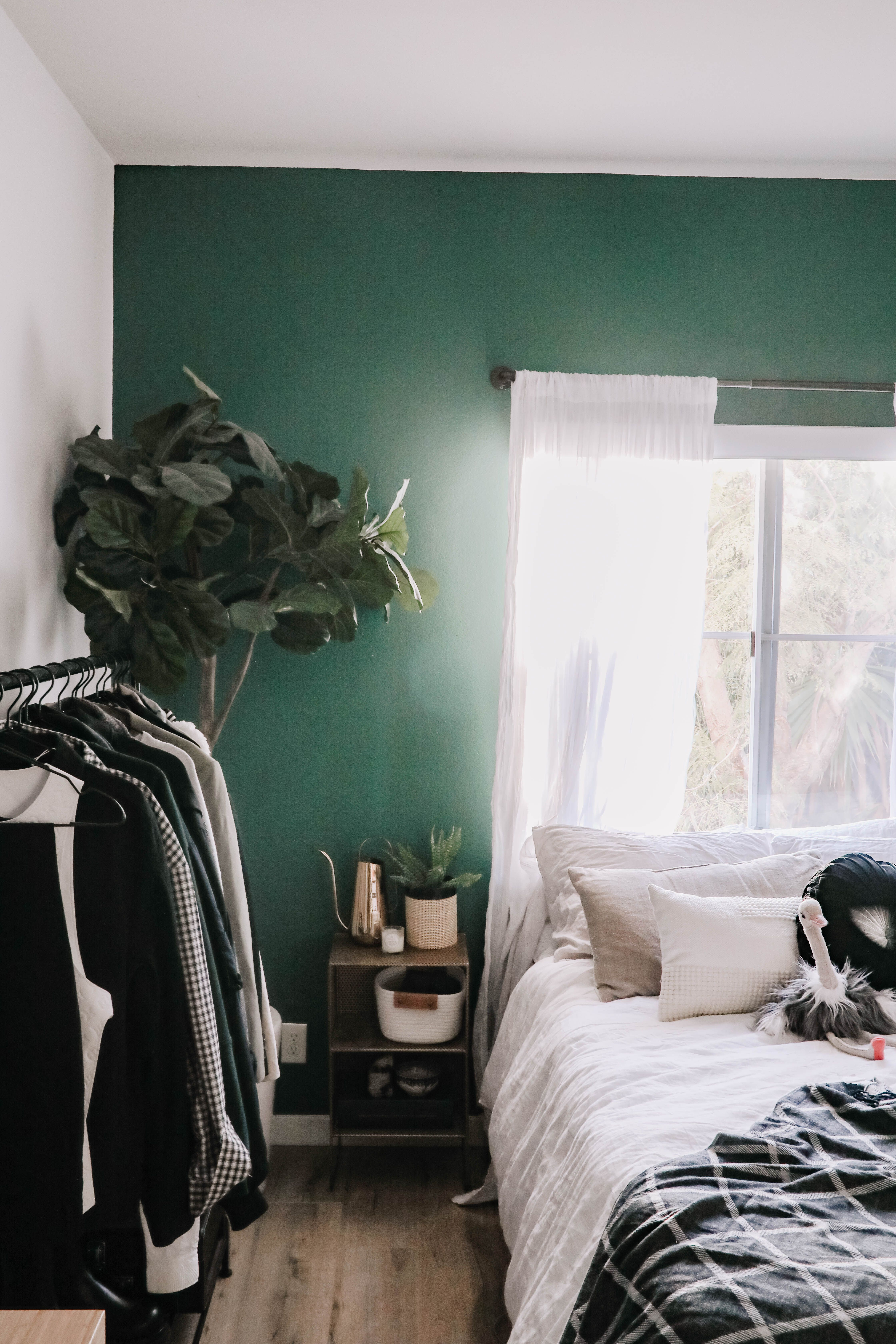 Green Accent Wall Bedroom Ideas In 2020 Green Accent Walls Accent Wall Bedroom Bedroom Wall