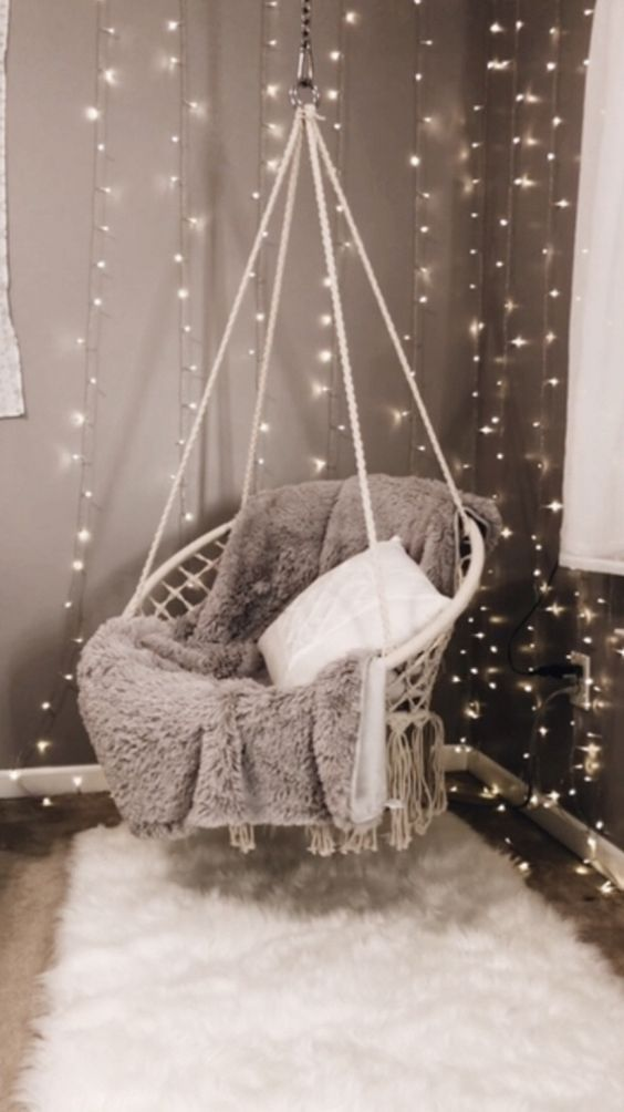 hanging chair 27 Fabulous Girls Bedroom Ideas to Realize Their Dreamy Space #Teengirlbedroomideas #designfürzuhause