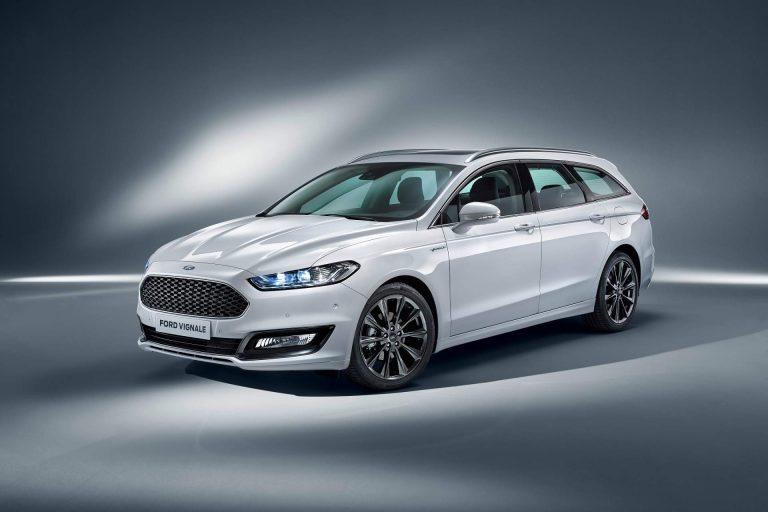 Updated Ford Mondeo Hybrid Family To Gain Wagon Version In 2019 Em 2020 Auto Carros