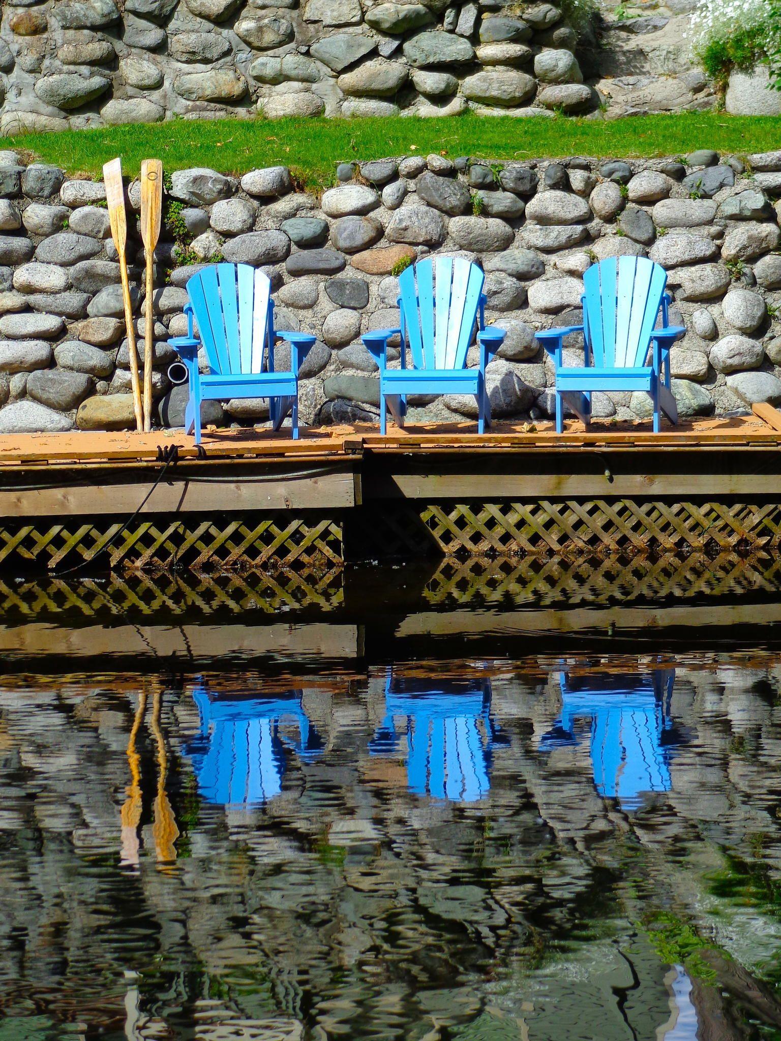 Scotts Canvas: Adirondack chair