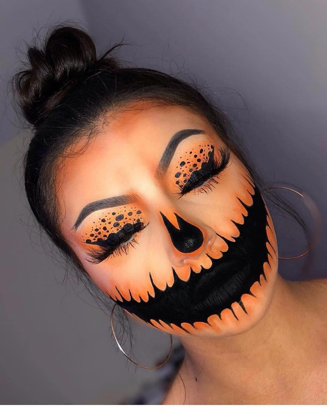 "Rose on Instagram ""What's your Halloween makeup??😍😍👻🎃"