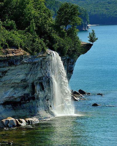 waterfalls in michigan | Spray Falls in the Pictured Rocks National Lakeshore | Michigan in ...