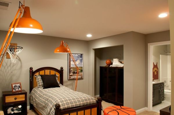basketball decor for bedroom une d 233 coration orange et grise pour une chambre d enfant 14098