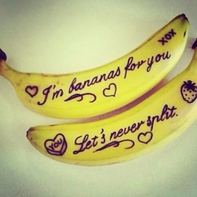 Send messages on fruit looking for creative gift ideas