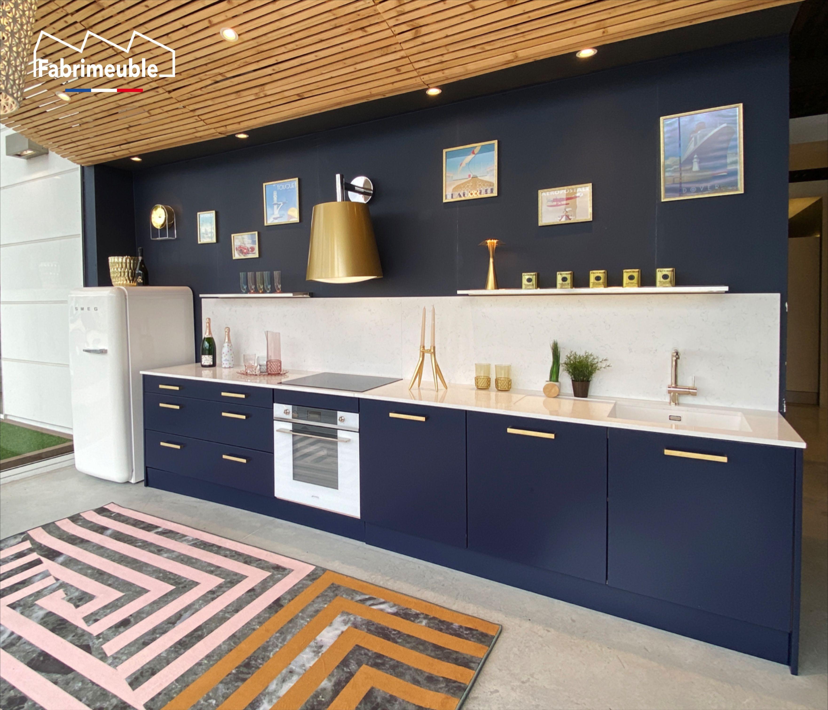 Chaise Masters Or Kartell Design Philippe Starck En 2020 Fabricant Cuisine Cuisine Laquee Decoration Salle De Bain