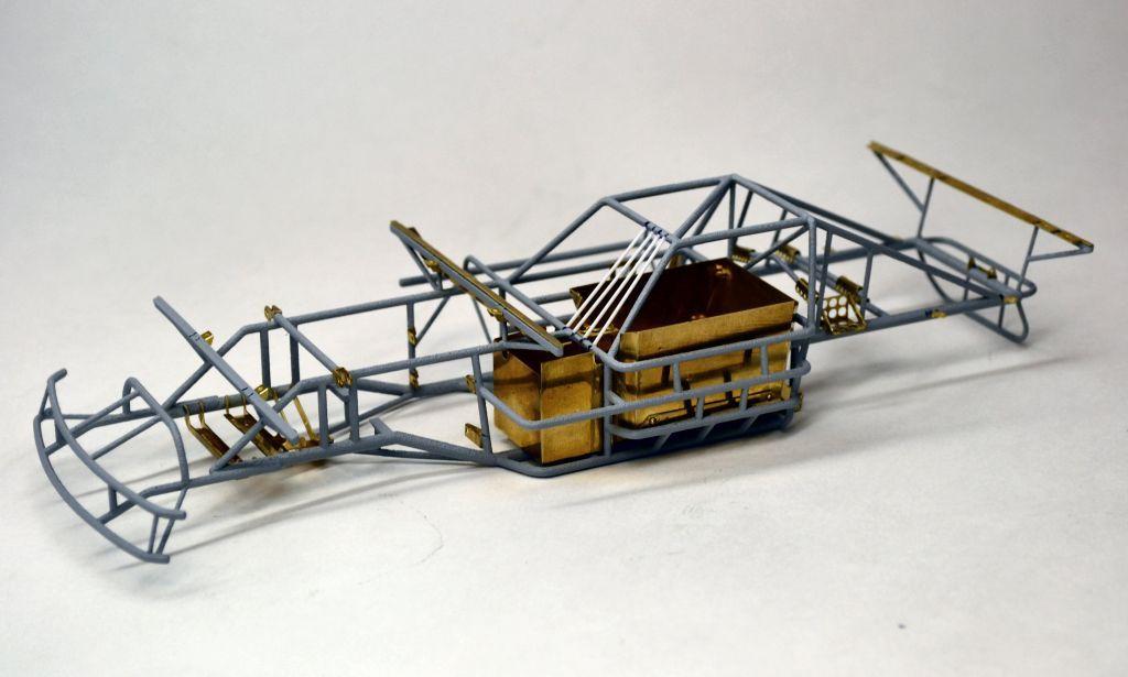 Dirt car chassis Plastic model cars, Car model, Scale