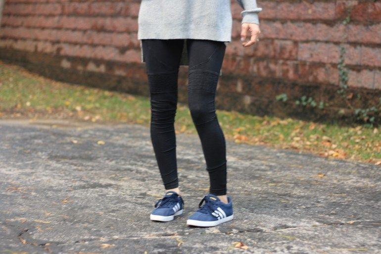 Adidas courtset, Navy blue sneakers