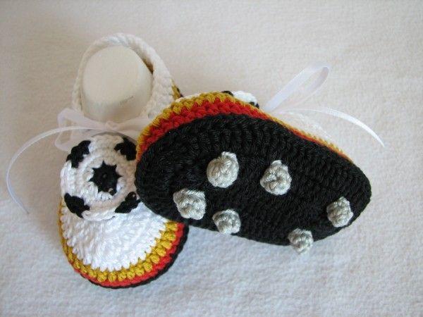 Baby Schuhe Für Kleine Fußballfreunde Häkeln Kinder Pinterest