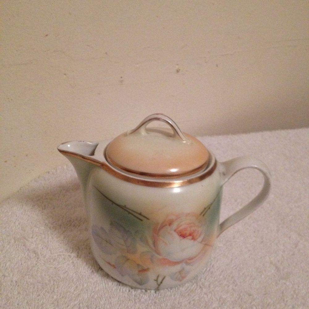 Small Vintage Handpainted Teapot ROSE Foreign 4\