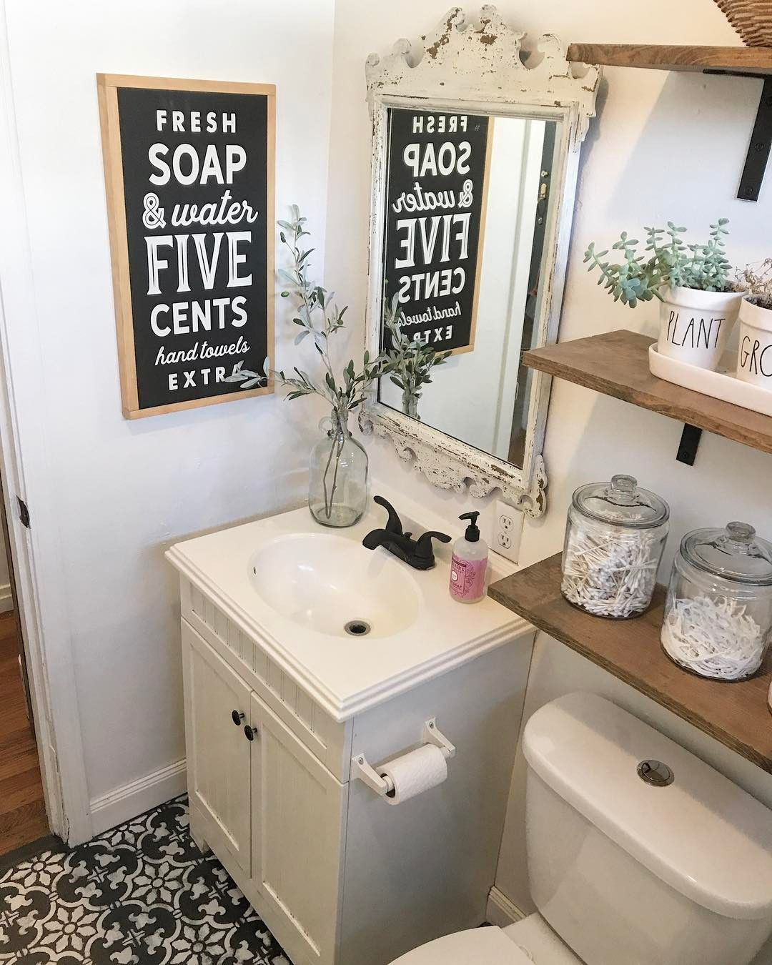 Vintage bathroom decor diy bathroom decor vintage bathrooms bath decor bathroom ideas