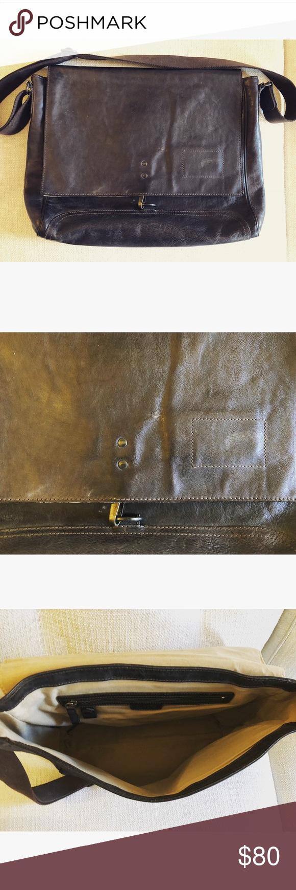 Men s Banana Republic Leather Messenger Bag Men s Banana Republic Leather  Messenger Bag Banana Republic Bags Messenger Bags 8f2f6e9e69