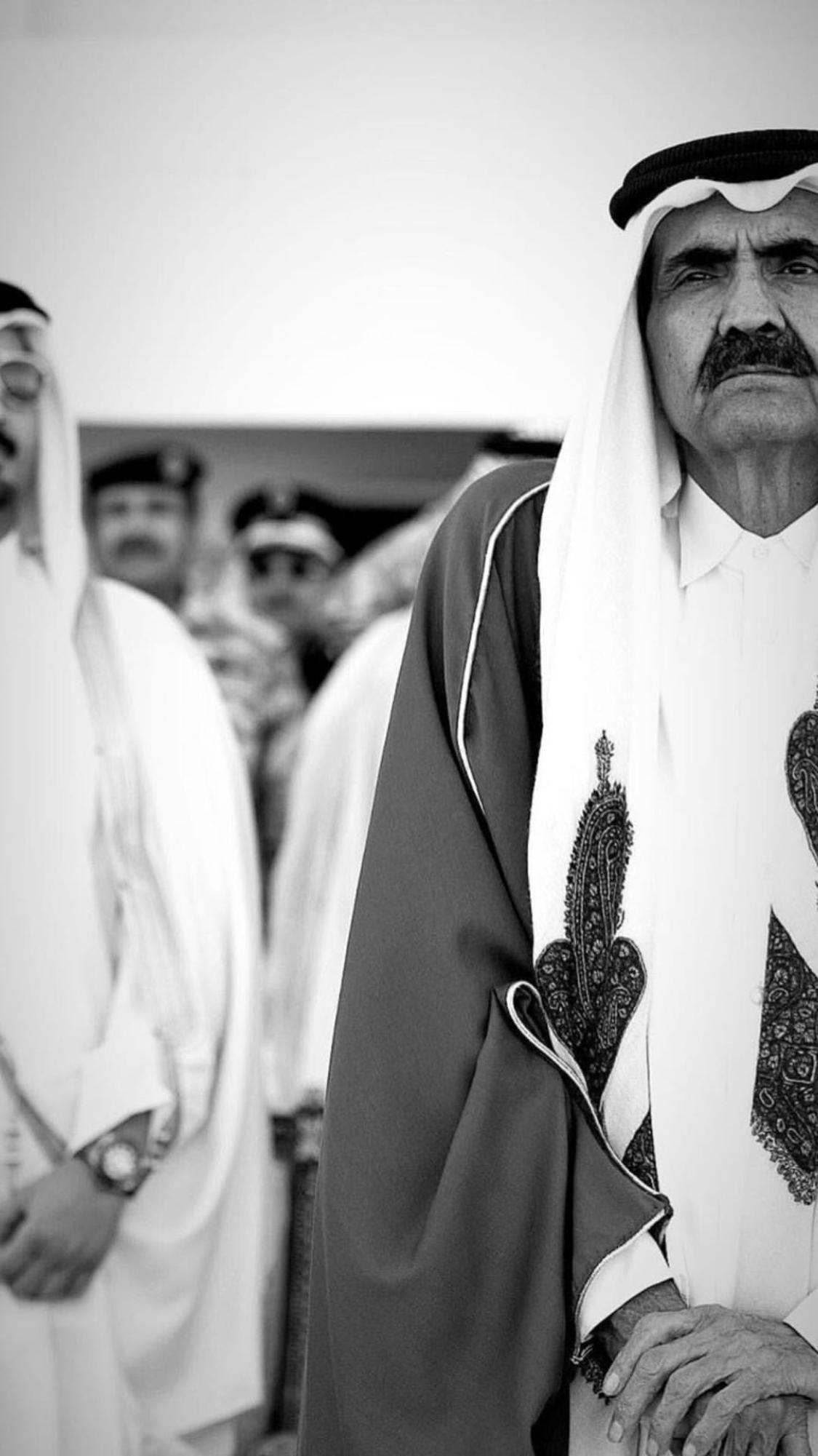 الوالد الامير الشيخ حمد بن خليفه آل ثاني حفظه الله Qatar قطر Doha Qatar Fashion